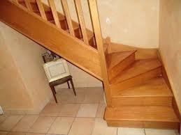 comment nettoyer un escalier en bois brut astuces menuiserie. Black Bedroom Furniture Sets. Home Design Ideas